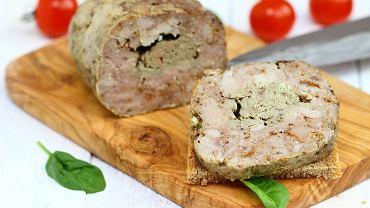 Roladka z kaczki i foie gras z konfiturą z kumkwata i mille-feuille z buraczków