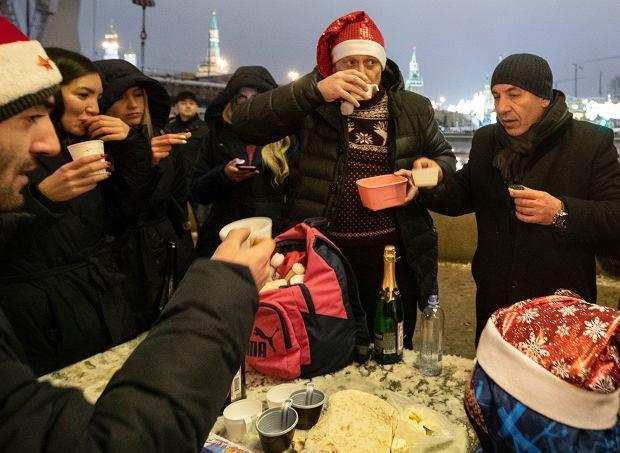 Rosjanie świętują Nowy Rok w Moskwie