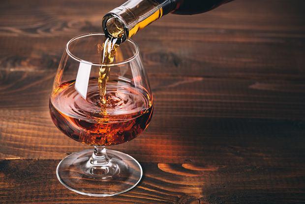 Brandy - drinki, jak pić, z czym pić brandy. Przepisy na drinki z brandy