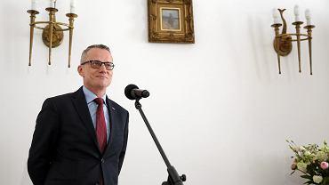 Marek Magierowski podczas briefing prasowego. Warszawa, 4 czerwca 2016