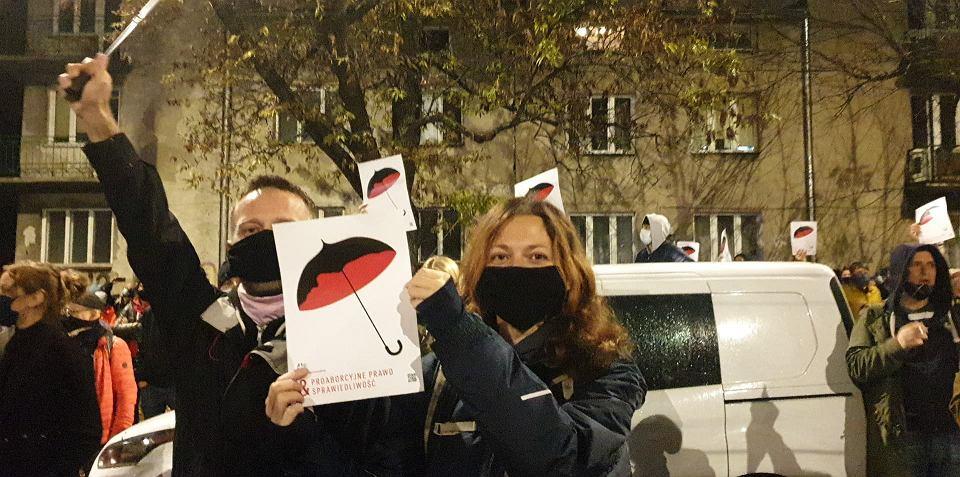 Drugie dzień protestów pod domem Jarosława Kaczyńskiego