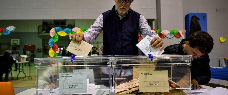 Wybory w Hiszpanii. Zwyciężyli socjaliści, ale kraj jest skrajnie podzielony