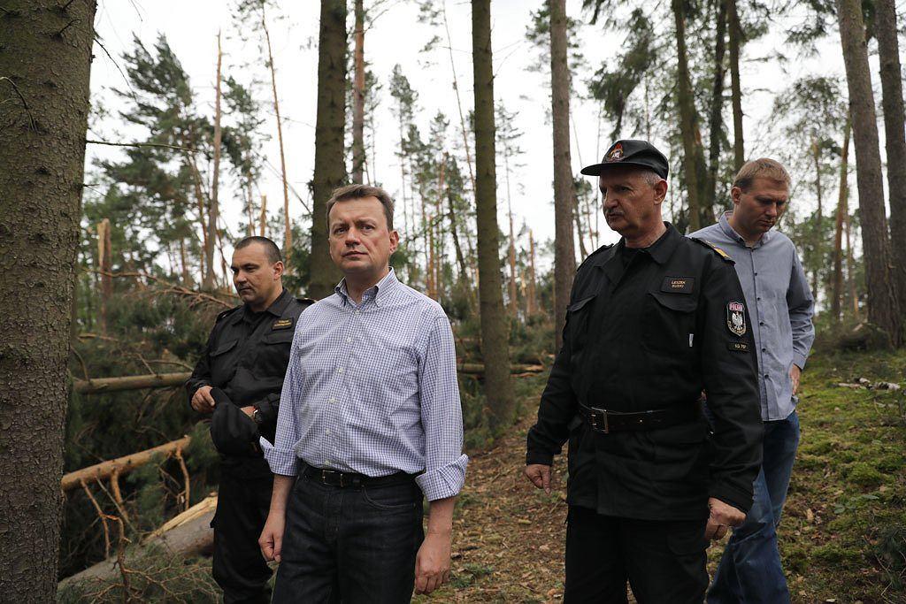 Mariusz Błaszczak u strażaków