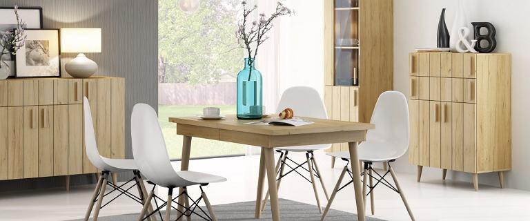Rozkładany stół - idealny do małego salonu