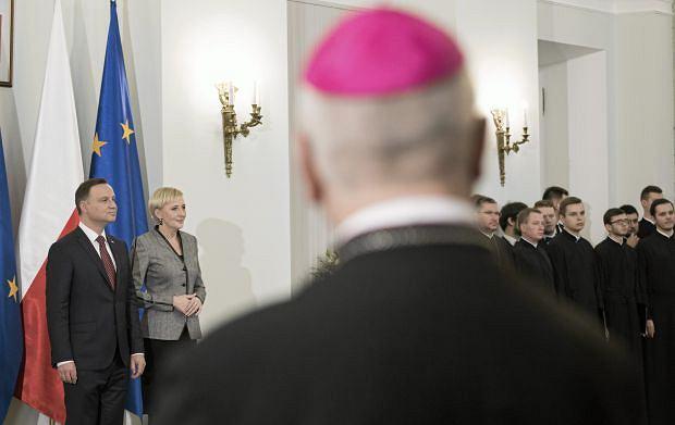 Andrzej Duda i Agata Kornhauser-Duda podczas uroczystości w Pałacu Prezydenckim