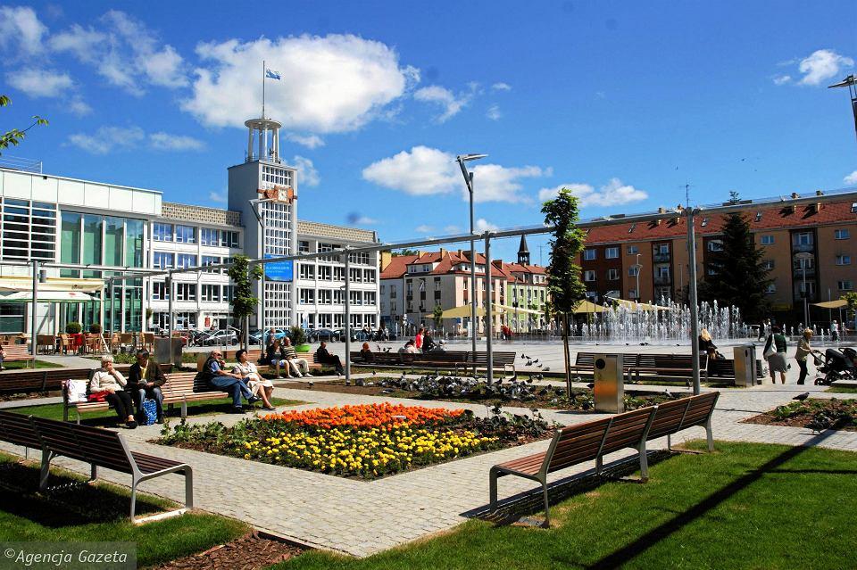 Ratusz i rynek w Koszalinie