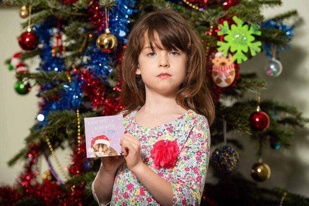 Florence Widdicombe ze świąteczną kartką