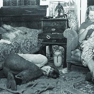 Elżbieta Kossak, matka Simony, lubiła życie na Dziedzince. Przez dwa lata kursowała między Krakowem a Białowieżą