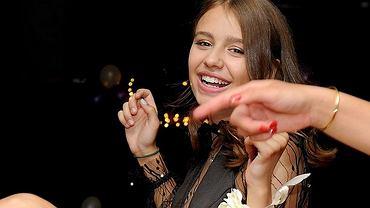 Oliwia Bieniuk na balu gimnazjalnym