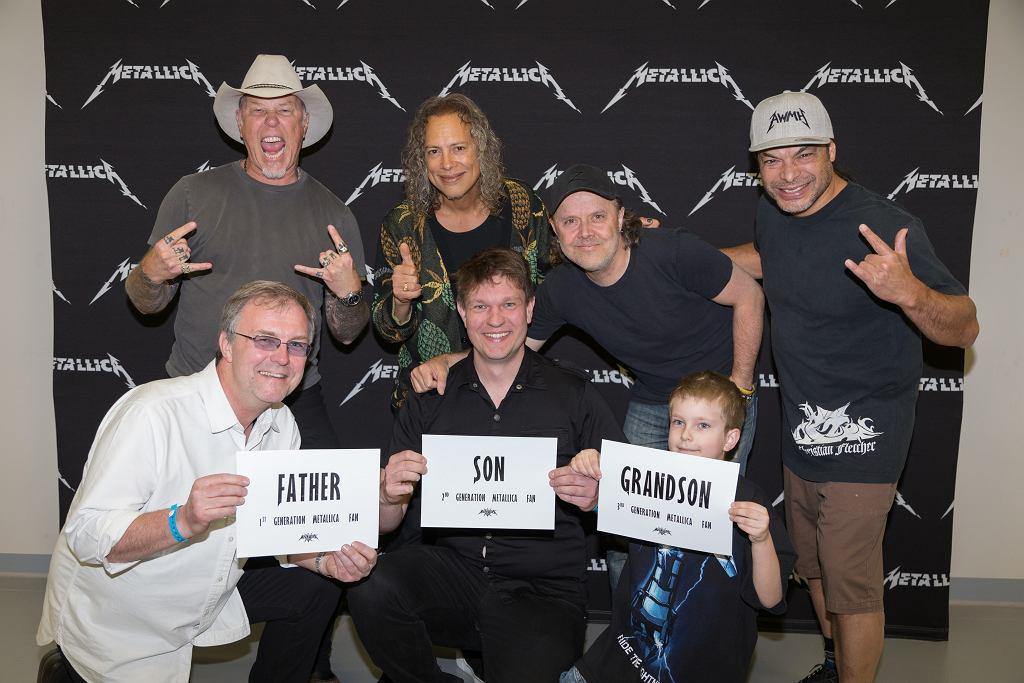 Metallica z trzema pokoleniami fanów.