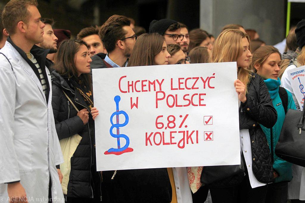 Protest lekarzy i rezydentów w Katowicach, październik 2017