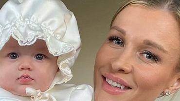 Córka Joanny Krupy podczas chrztu miała na sobie komplet od Zofii Ślotały. Znamy jego cenę