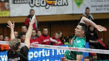 Indykpol AZS Olsztyn - Lotos Trefl Gdańsk 3:0. Atakuje Wojciech Sobala