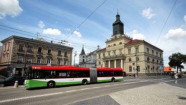 Lublin. Kierowca autobusu oglądał film na telefonie podczas jazdy