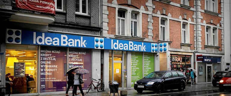 Awaria w Idea Banku usunięta. Bank zwraca klientów pieniądze