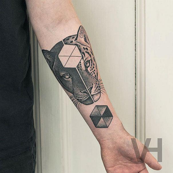 Nasza Nowa Obsesja Geometryczne Tatuaże Zdolnego Berlińczyka