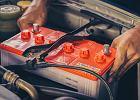 Jak dbać o akumulator w nieużywanym samochodzie?