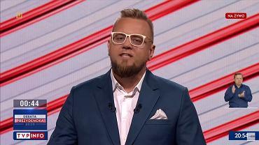 Paweł Tanajno podczas debaty prezydenckiej w TVP 6 maja 2020 r.