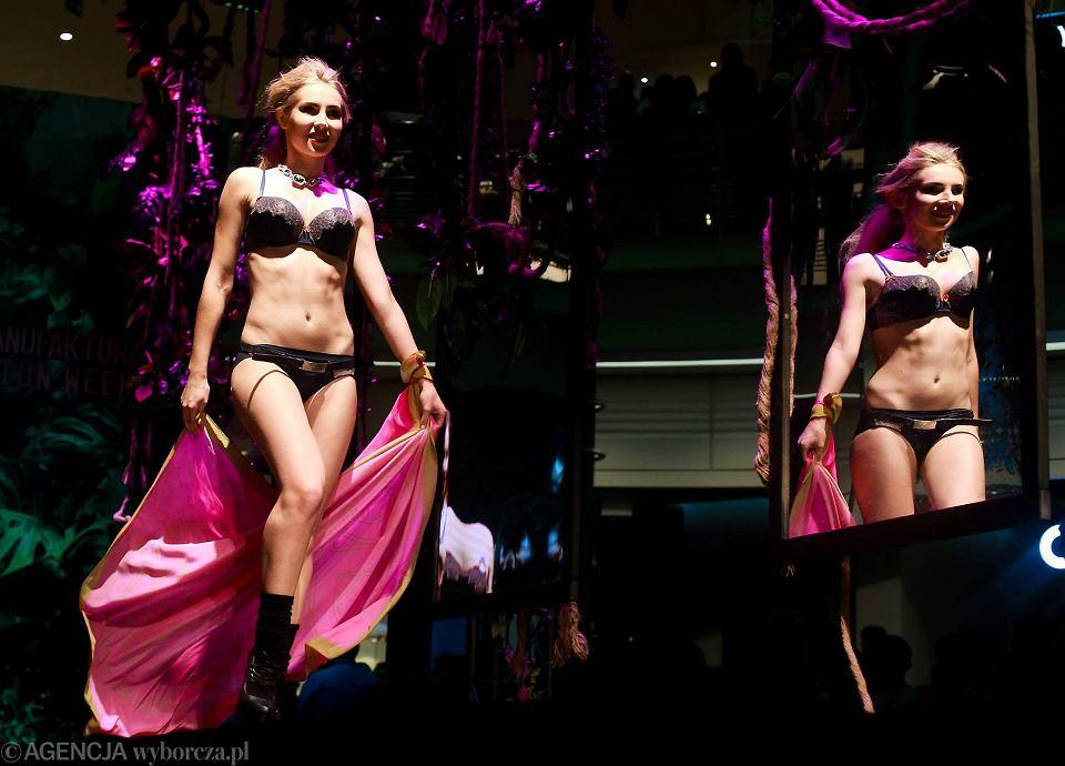 548a706060d727 Zdjęcie numer 0 w galerii - Manufaktura Fashion Week. Bielizna w klimacie  Victoria's Secret [
