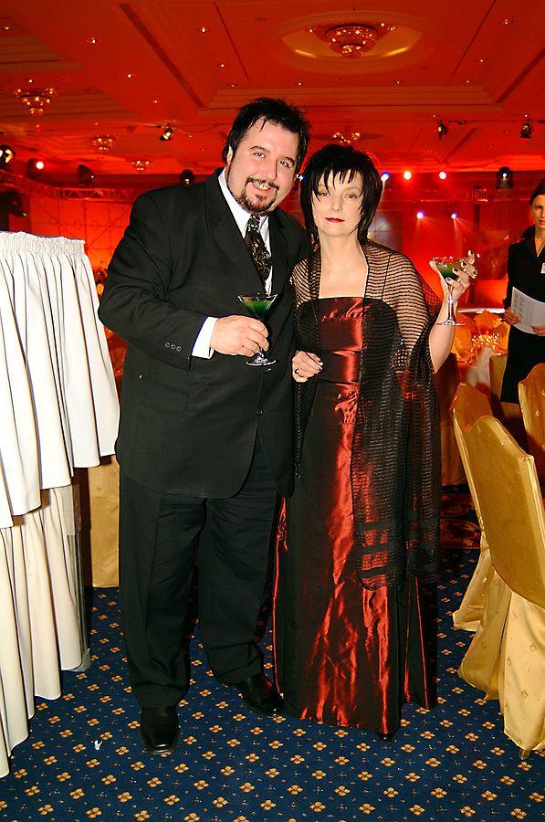 Dariusz Gnatowski z żoną w 2003 roku