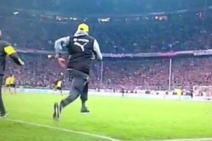 Bayern - Borussia. Niesamowita radość Kloppa hitem internetu [WIDEO]