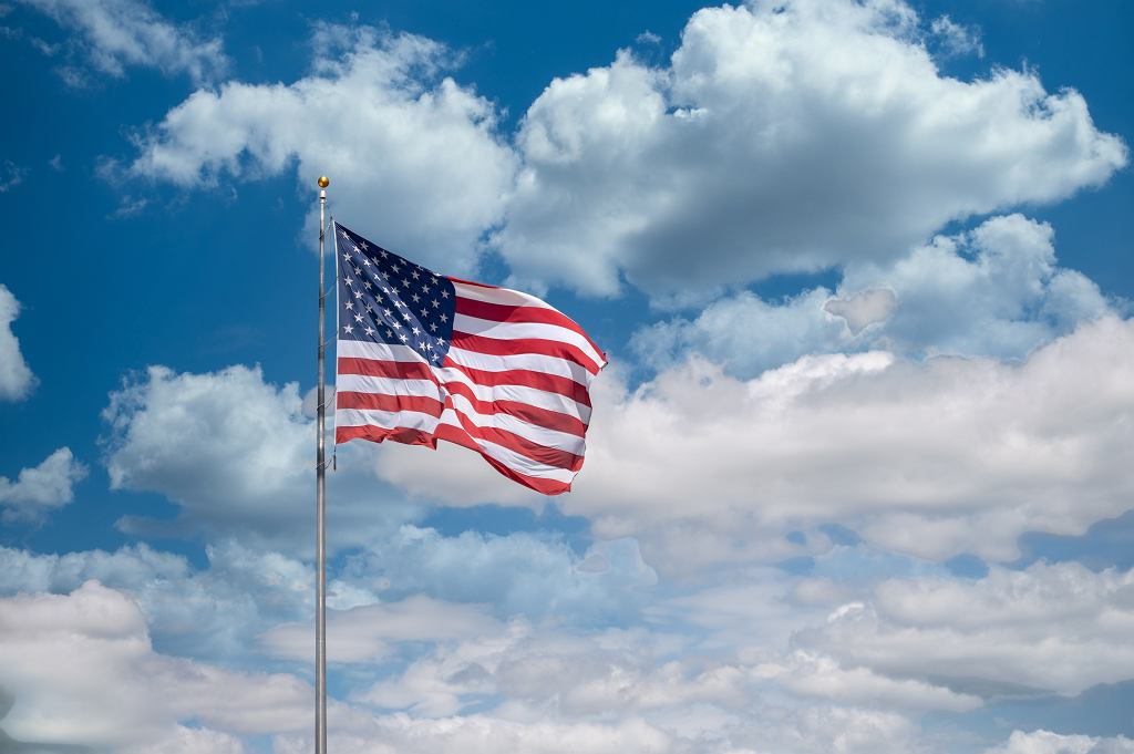 Dzień Niepodległości USA. Ambasada zachęca do wirtualnego świętowania (zdjęcie ilustracyjne)