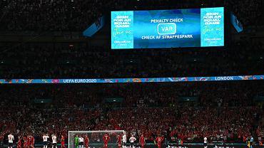 Gromy na polskiego sędziego po karnym Anglii. Będzie na finale Euro?