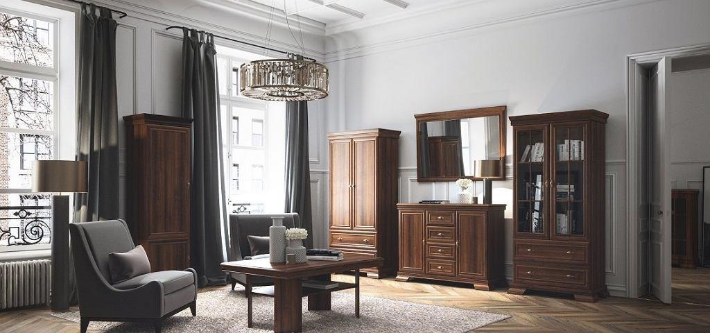Eleganckie wnętrze z ozdobną sztukaterią i meblami z drewna.