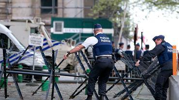 Policja ochrania proces Salaha Abdeslama w brukselskim Pałacu Sprawiedliwości, 23 kwietnia 2018.