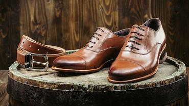 Buty skórzane i męski pasek
