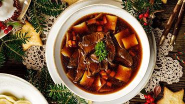 Zupa grzybowa na Święta Bożego Narodzenia i Wigilię podawana jest w wielu domach