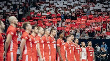Polscy siatkarze zrobili rywalom dyskotekę. Biało-czerwona burza.