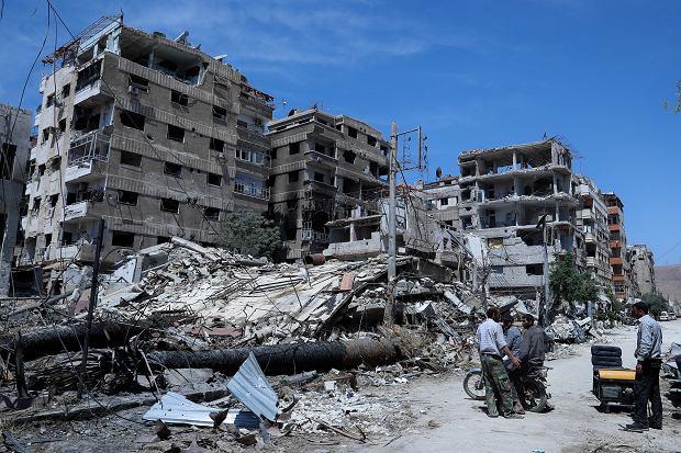 Zniszczenia w mieście Douma pod Damaszkiem, gdzie reżim Baszara Al-Asada dokonał ataków bronią chemiczną