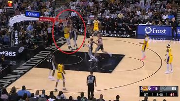 Fenomenalny występ Russella Westbrooka w meczu z San Antoni Spurs