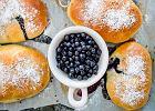Jagodzianki - co zrobić, by ciasto i farsz były idealne? Przepis na jagodzianki i porady