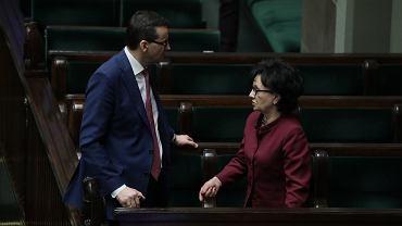 Premier Mateusz Morawiecki i marszałek Elżbieta Witek podczas nocnego posiedzenia Sejmu.