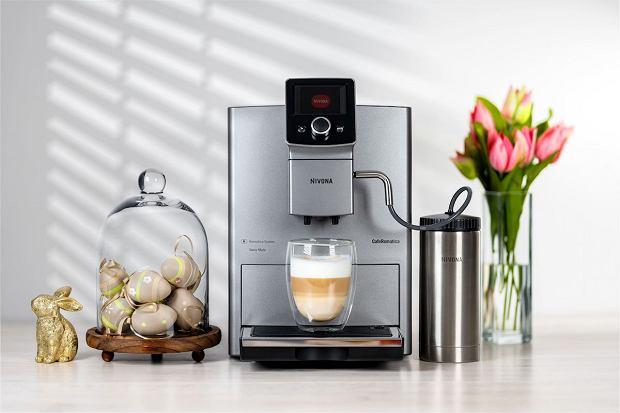 Premierowy model Nivona CafeRomatica 821 o nowoczesnym designie.