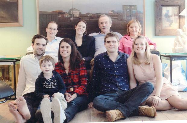 Fanny Joly z rodziną
