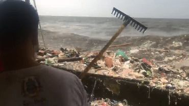 Fala śmieci zalewa Filipiny