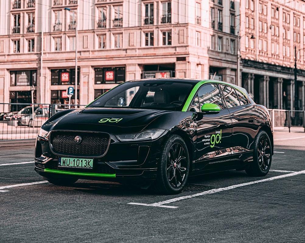 Jaguar I-Pace na minuty