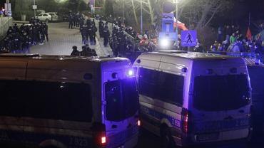 Protest Koalicji Prodemokratycznej ' Walczymy do końca'