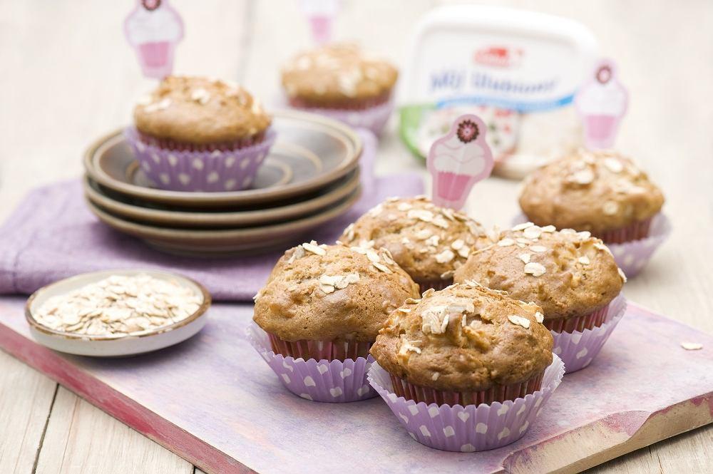 Owsiane muffiny twarogowe z jabłkami