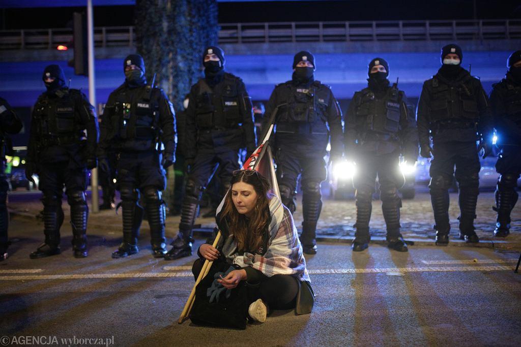 Strajk Kobiet w Warszawie w Dniu Kobiet.