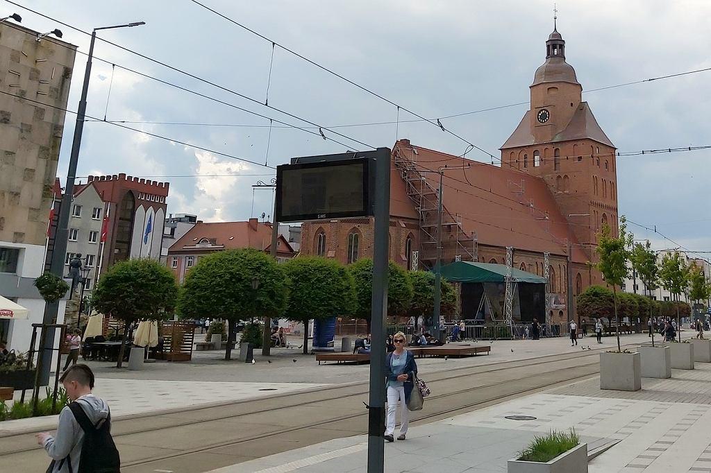 Czerwiec 2021 r. Na przystankach w centrum Gorzowa pojawiły się pierwsze tablice informacji pasażerskiej