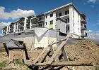 Jakie błędy popełniają osoby zaciągające kredyty mieszkaniowe?