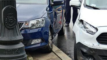 Wypadek na skrzyżowaniu ulic Mickiewicza i Zajączka