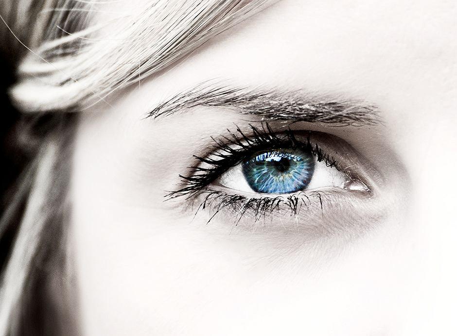 Nie dbasz o oczy? Karą może być seria frustrujących wpadek w pracy!