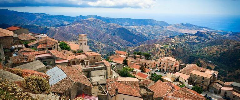 Kalabria - region Włoch, o którym warto pamiętać. Zatrać się w pięknej przyrodzie i przeżyj urlop marzeń!