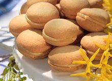 Ciasteczka z kremem karmelowym - ugotuj