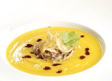 Zupa z dyni z gęsiną, imbirem i gruszką - ugotuj